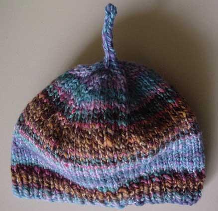 Hnadspun knut hat