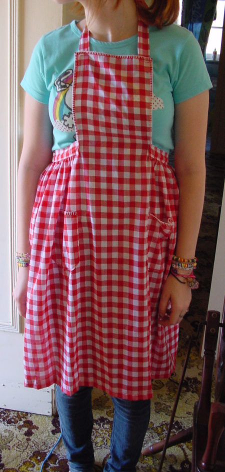 Gingham magic apron