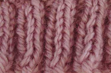A swatch of 2x2 or k2, p2 ribbing