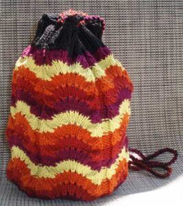 Shell knitting for a bag in german wool