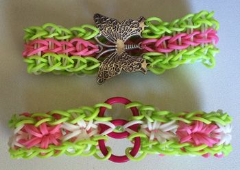 How to add a centre charm to a rainbow loom bracelet 6