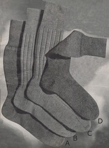 Mans Plain Socks With French Heel And Flat Toe Knitting And