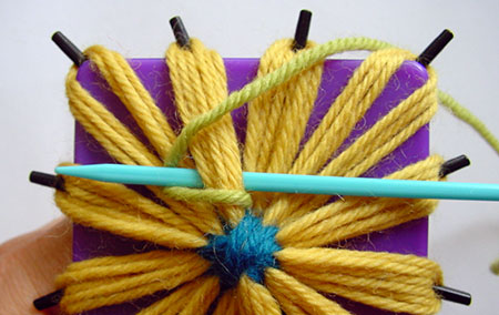 Forming the chain stitch