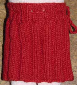 Doll's knitted skirt