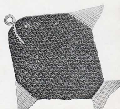 Potholder in the shape of a fish