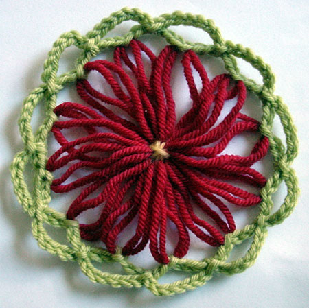 Large loomed flower wth crochet border