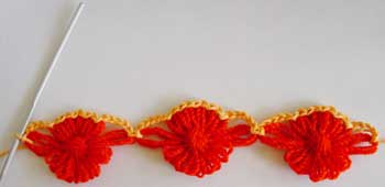 Joining the motifs with a crocheted edging