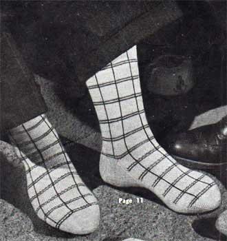 men's calf length socks with plaid patterning