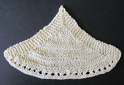 Shell counterpane motif knit from a Victorian era knitting pattern.