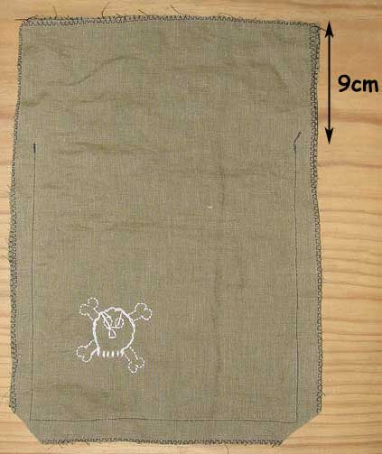 Bag sewn to within 9cm of the top