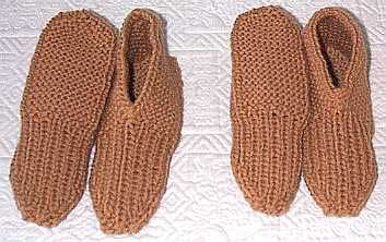 Brioche ribbed slippers