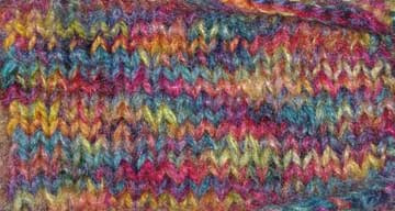Double stranded knitting with variegated yarn