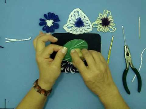 Pom pom flowers on a Telarin loom