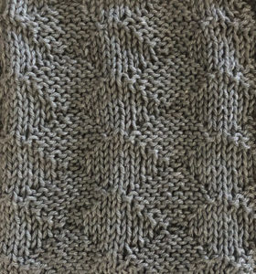 Knit/purl diamonds swatch