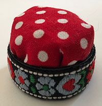 Bottle top pincushion with optional ribbon decoration